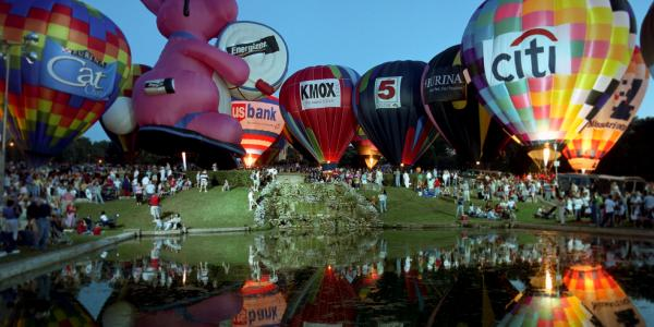 balloon glow in forest park